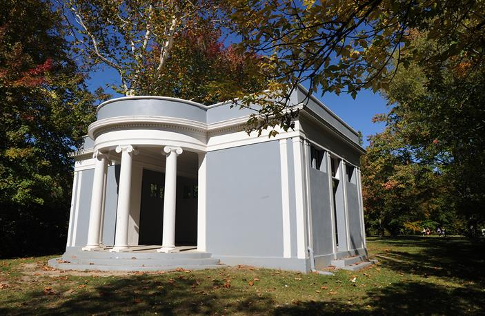 Island Greek Revival
