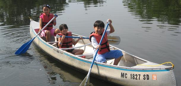 Register for river day camps, instructions and preschool programs at the canoe liveries.
